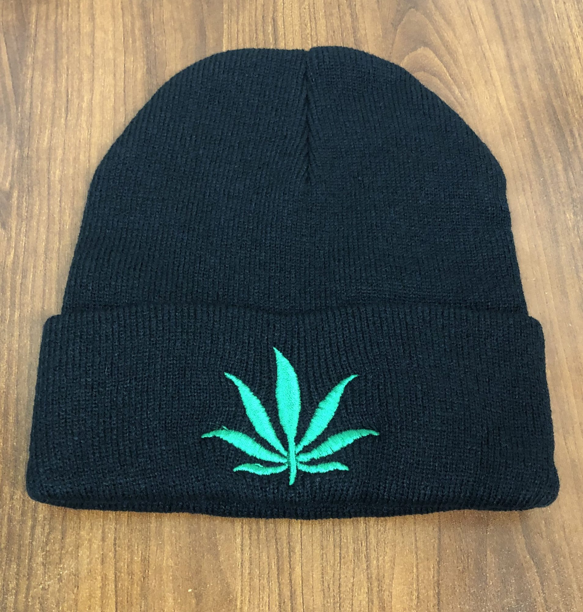 Cannabis leaf-themed winter hat